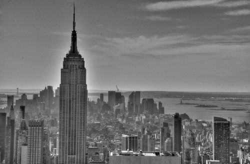 Empire-St-Bldg-BW