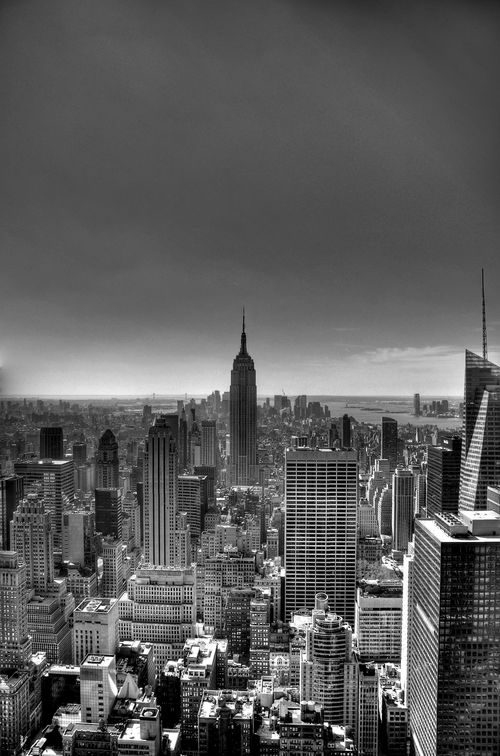 Empire-St-Bldg2-BW